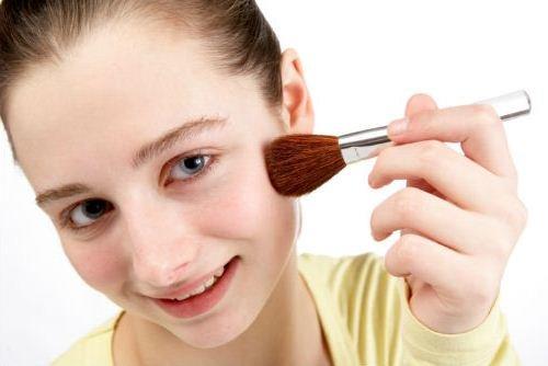 Легкий макияж для школы