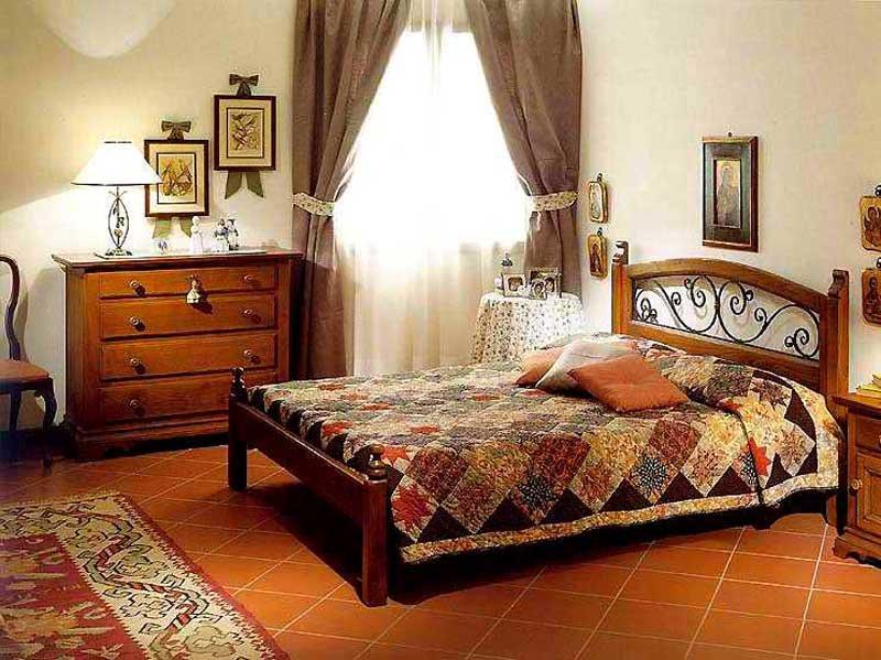 Спальную комнату в стиле кантри отличает от других стилей, прежде всего, мебель