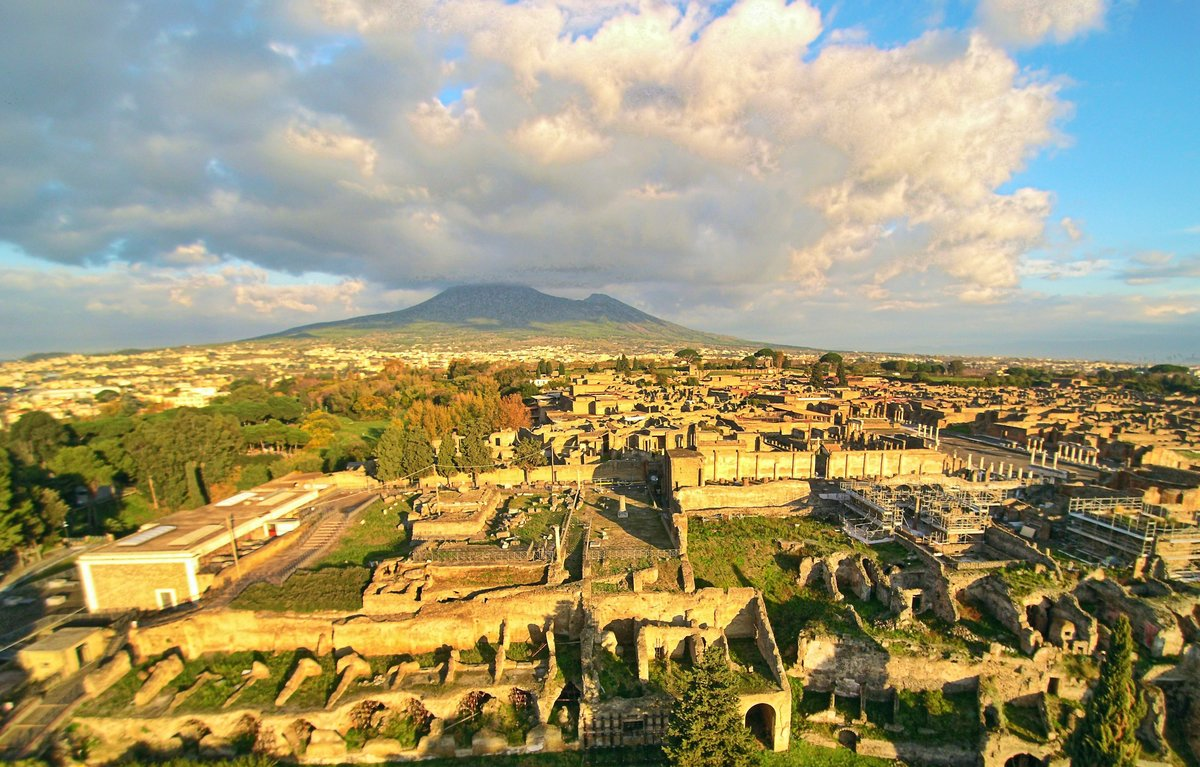 pompeii and herculaneum See the ancient roman towns of pompeii and herculaneum on a full-day excursion from naples explore the ancient town of pompeii that was buried by ash from vesuvius 2,000 years ago, and then visit the volcano itself, walking up to the crater.