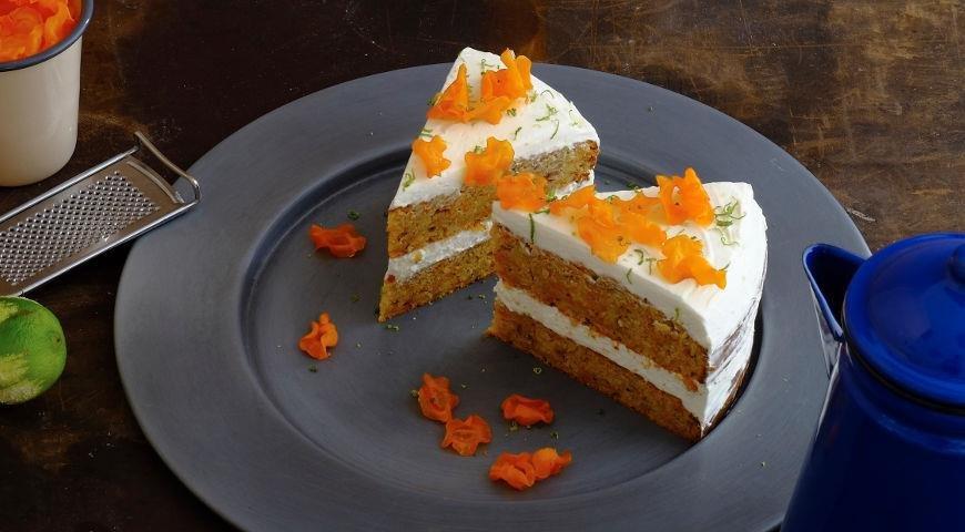 Пряный морковный торт на оливковом масле.