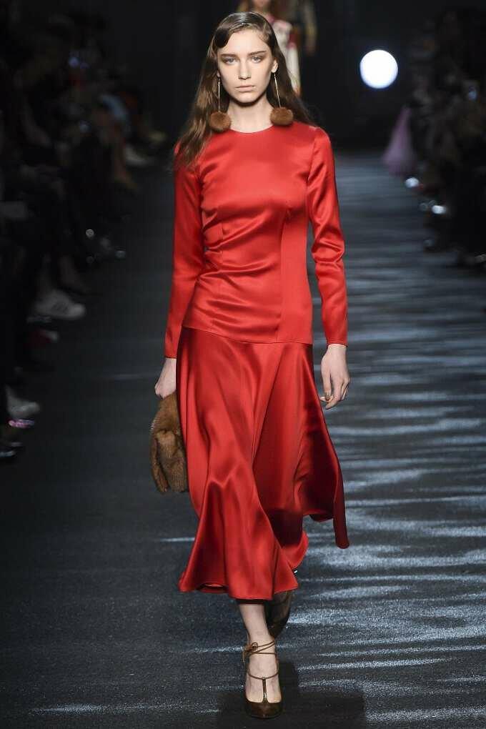 фото модных платье женских вещей2017