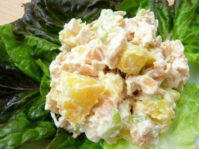 Салат с огурцом горячий