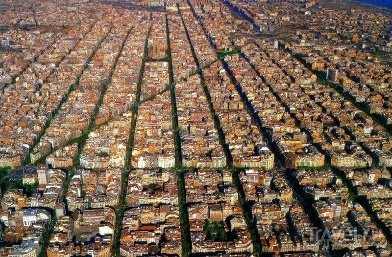 Барселона - вечно молодая, дерзкая и всегда безумно интересная! За свою двухтысячелетнюю историю эта средиземноморская столица не раз меняла свой облик.