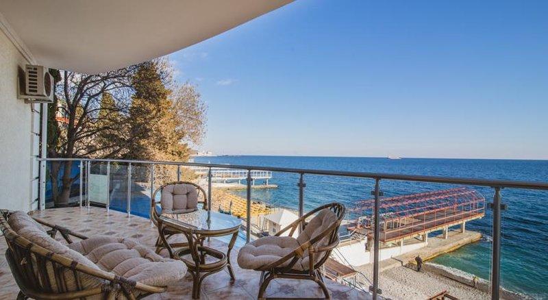 что там гостевые дома с видом на море в адлере бригада Защитники