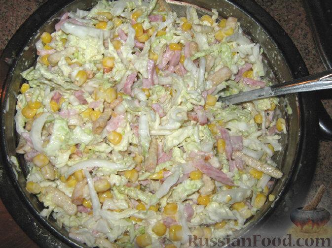 Салаты с кукурузой консервированной и сухариками — 5