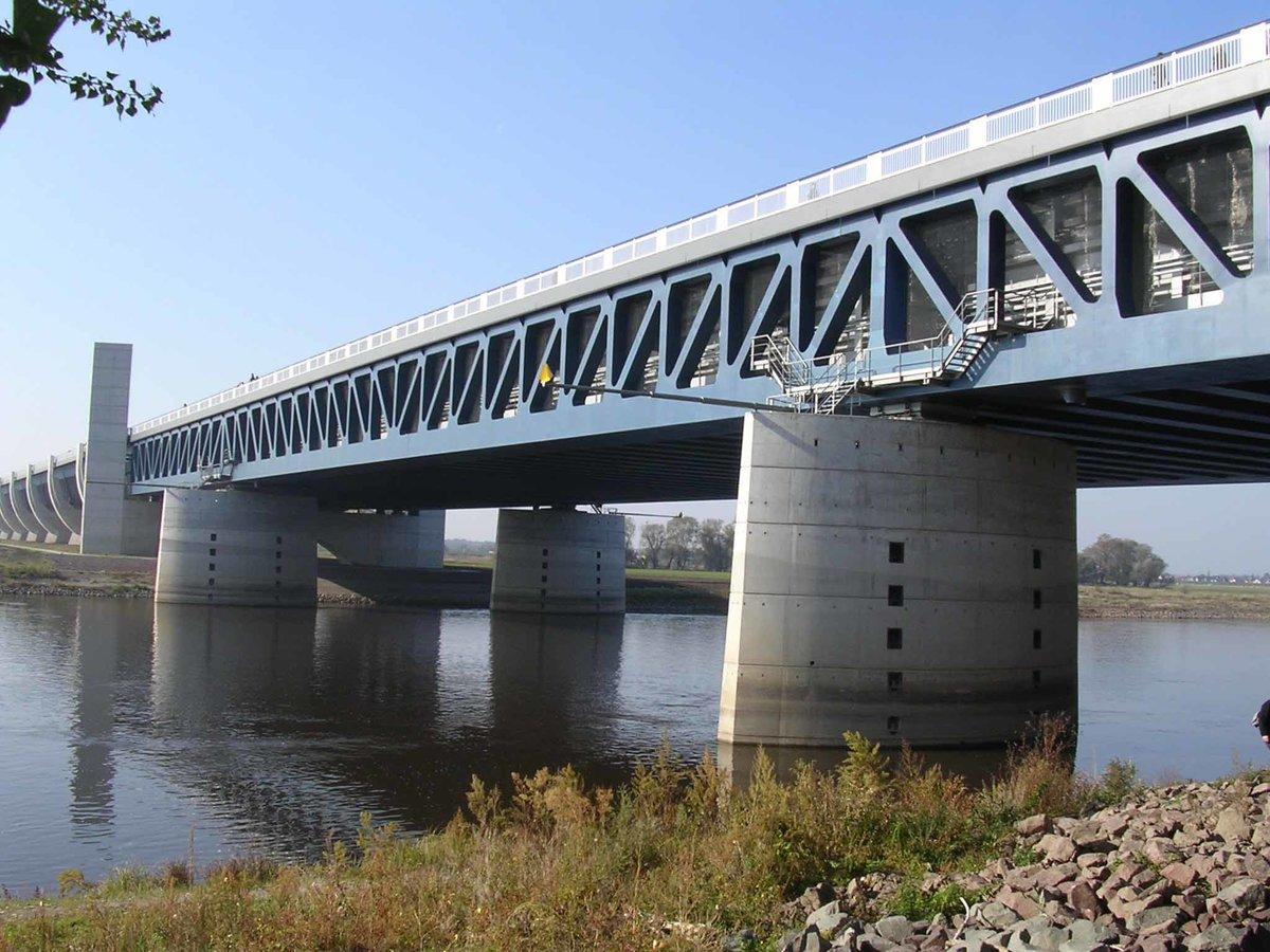 красители, магдебургский мост картинки терьер содержание, характер