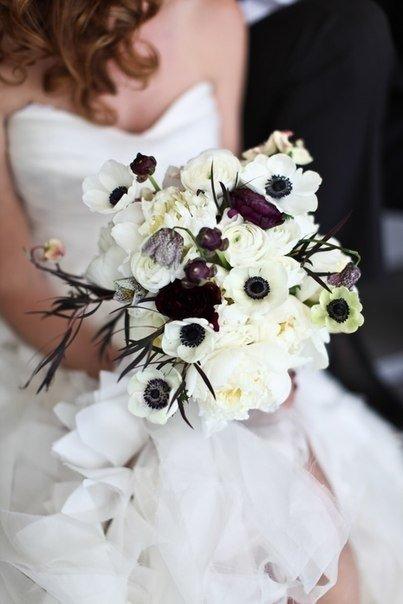 Свадебные букеты белый с черным, магазин горшечных