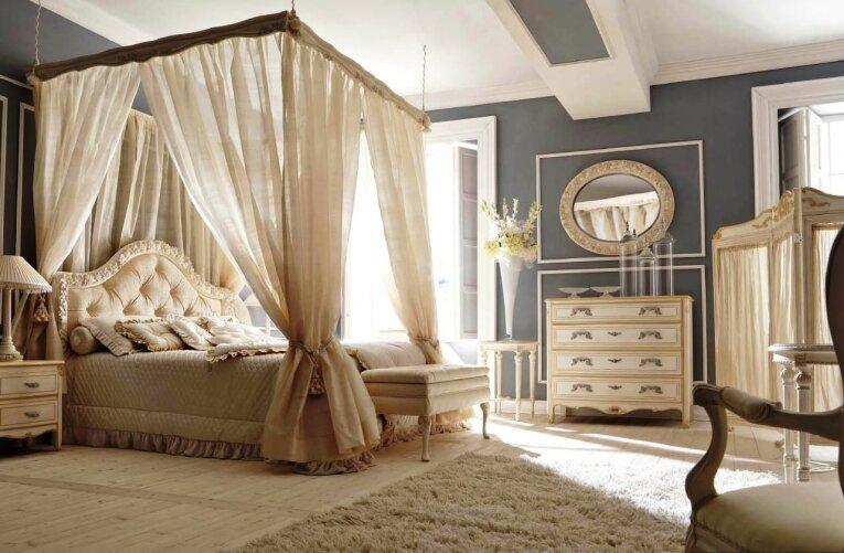 Балдахин в спальне выглядит очень мило