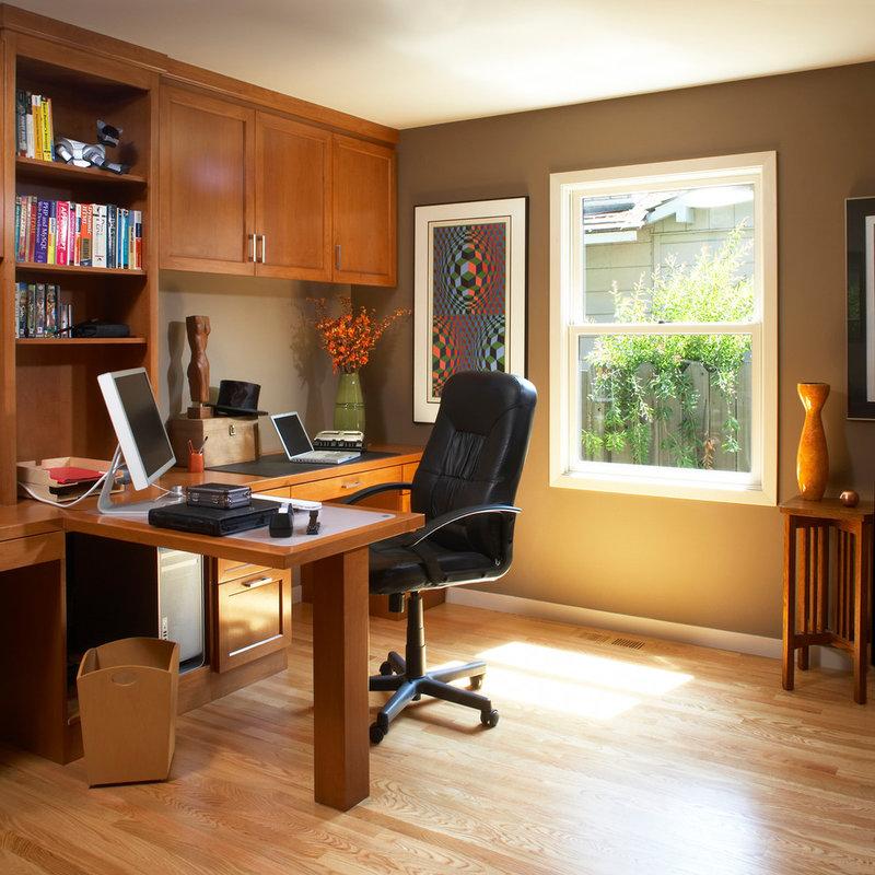 Окна самый распространенный источник света в домашних кабинетах