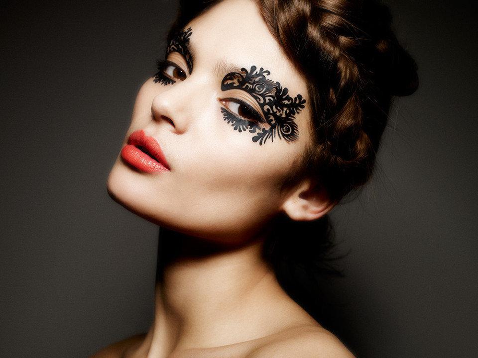 началом кружевной макияж на лице фото или