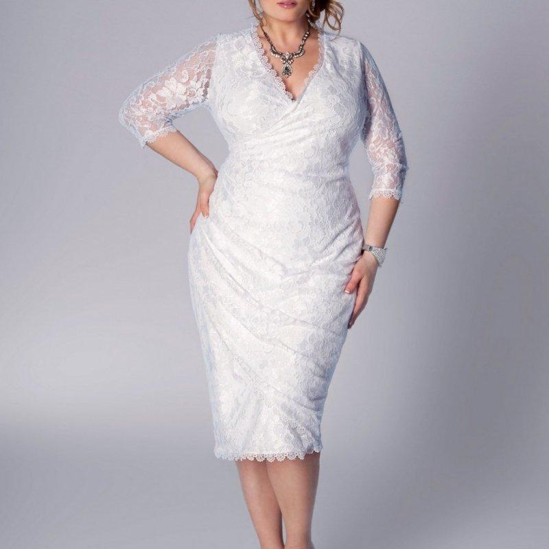 Платье для пышных форм.