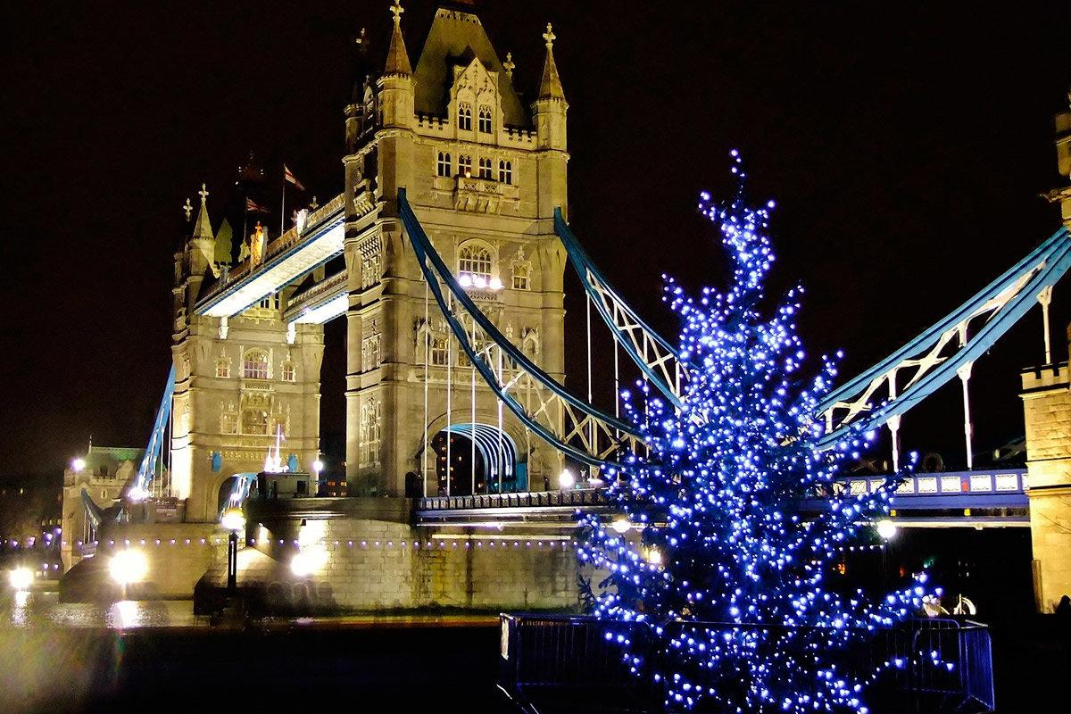 символизирует новый год в англии с картинками как морской курорт
