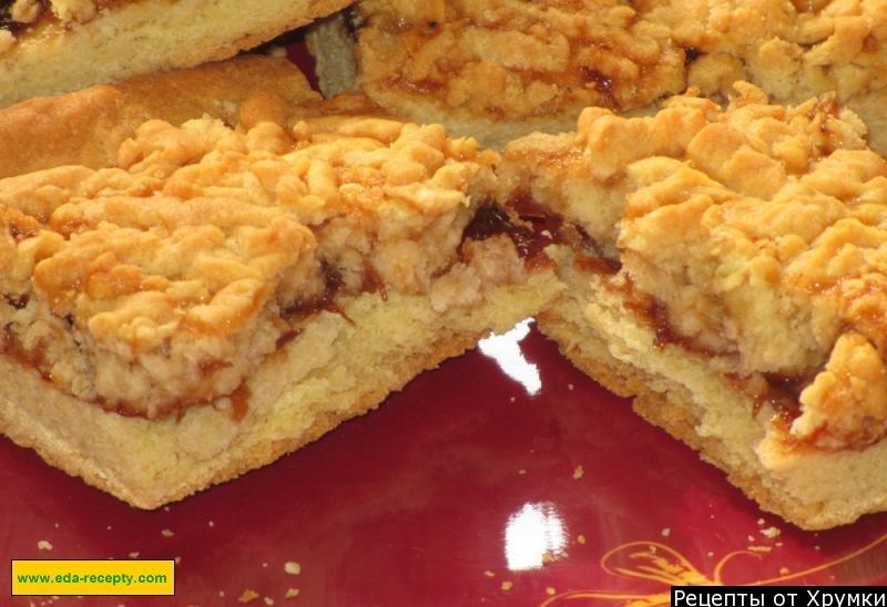 Пирог с яблочным повидлом на скорую руку