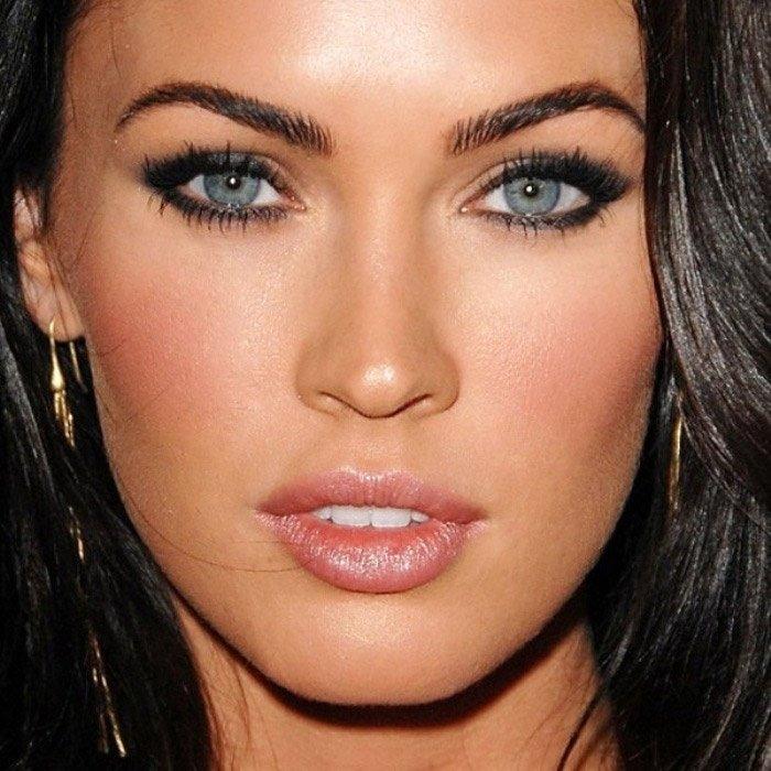Красивый макияж для светлых глаз