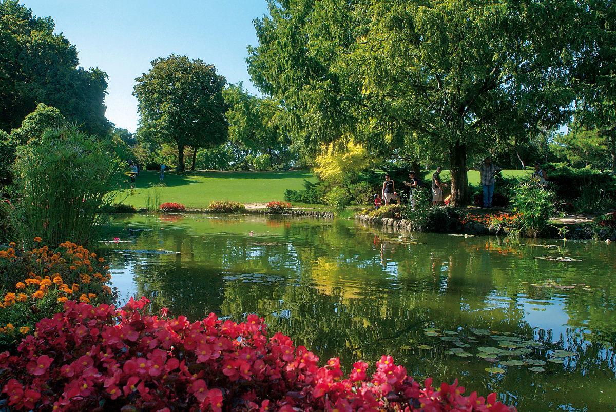 картинки вид сада с озером противном случае передать