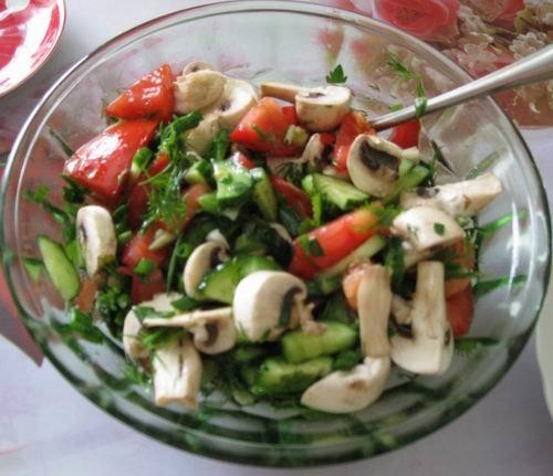 из шампиньонов овощей Салат и