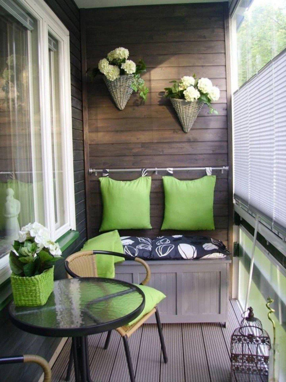 Уютные идеи интерьера для маленького балкона совсем необязат.