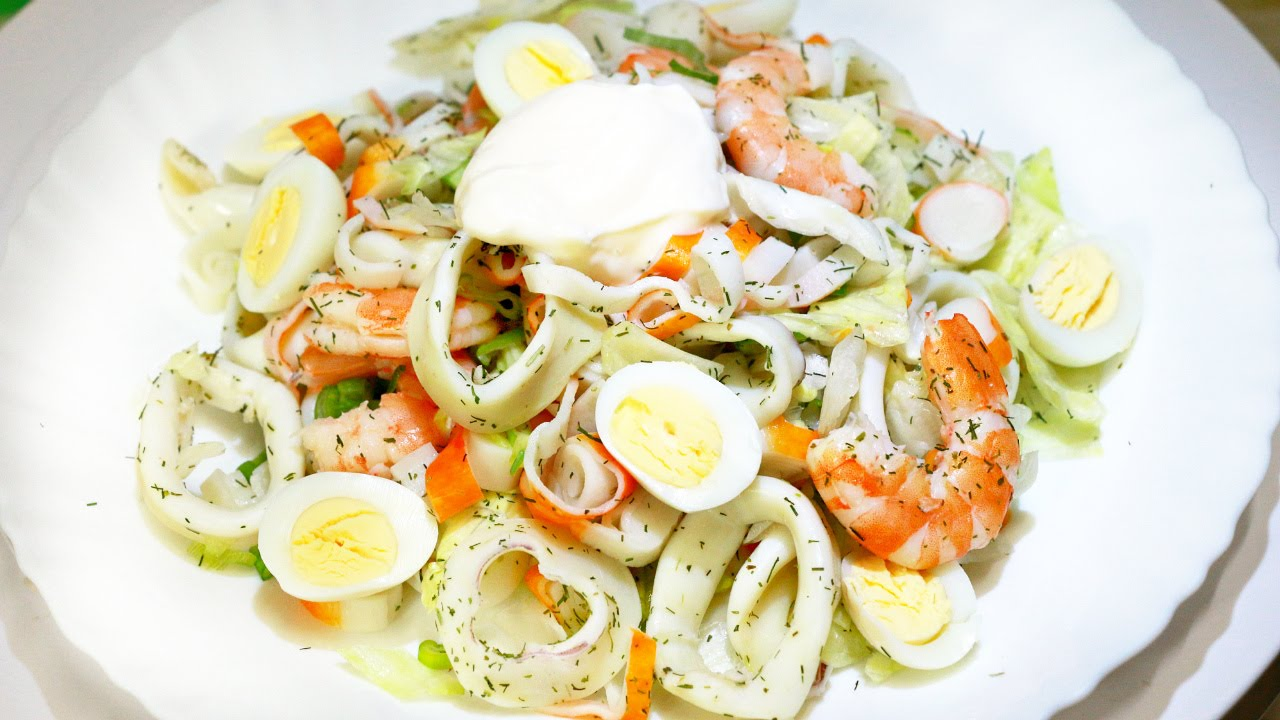 Как приготовить салат с кальмарами и яйцом: рецепт и пошаговое описание приготовления
