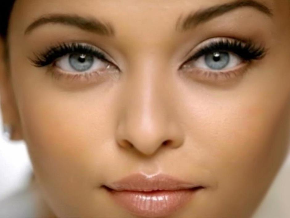 фото гусеницы макияж для выпуклых глаз фото россии