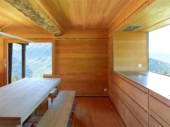 Деревянный дом, Вале, Швейцария. Интерьер деревянных домов