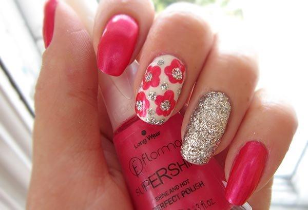 дизайн ногтей с цветами, цветы дотсом