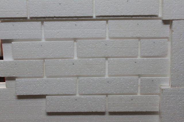 пенопласта руками на стену кирпич своими из