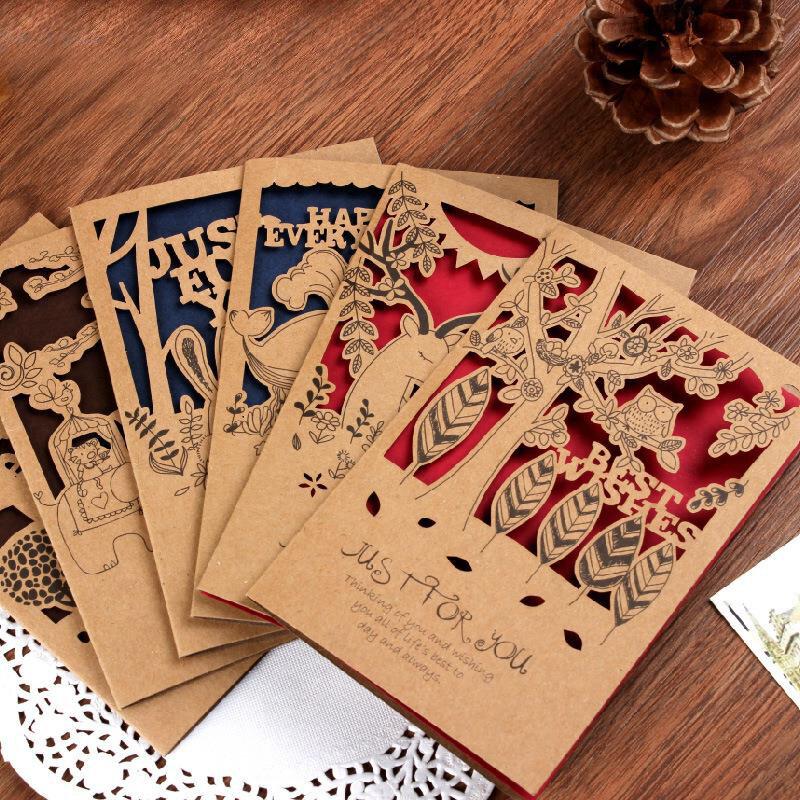 дизайн сувенирных открыток практически