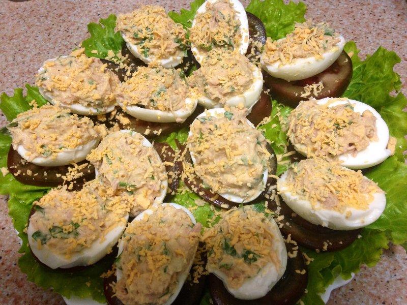 яйца фаршированные тунцом рецепт с фото-хв4