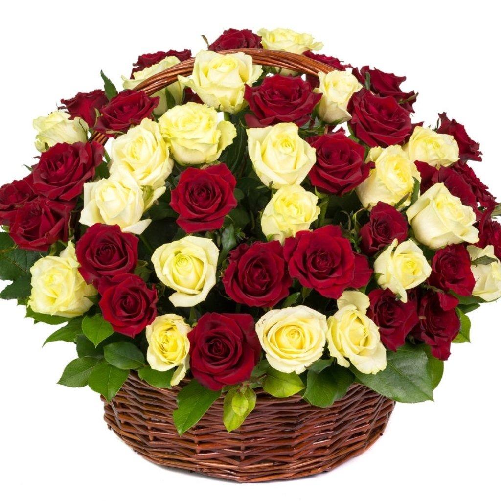 Самые красивые открытки с букетами роз