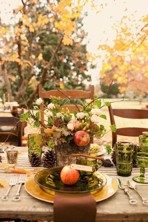 Осень — время, когда краски становятся ярче, небо прозрачнее, а вечера возле камина и домашние ужины становятся еще более душевными, теплыми и уютными.