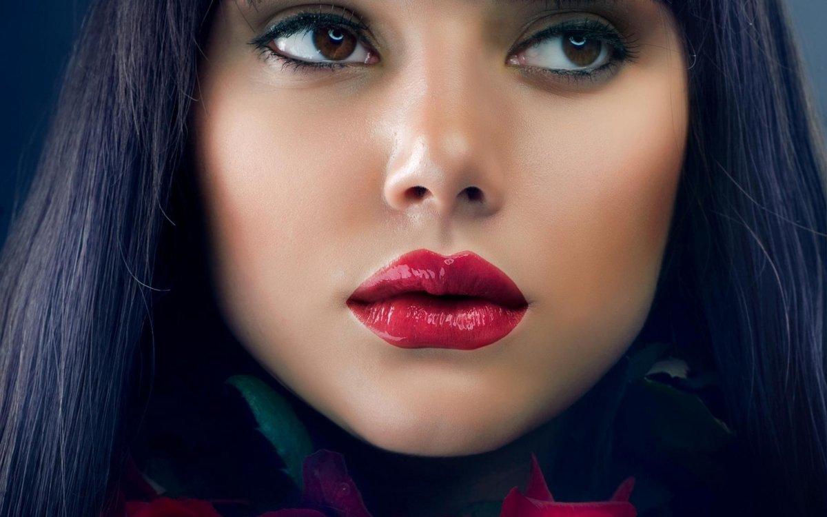 Фото с пухленькими губками, Девушки с отвисшими половыми губами - (65 фото) 12 фотография