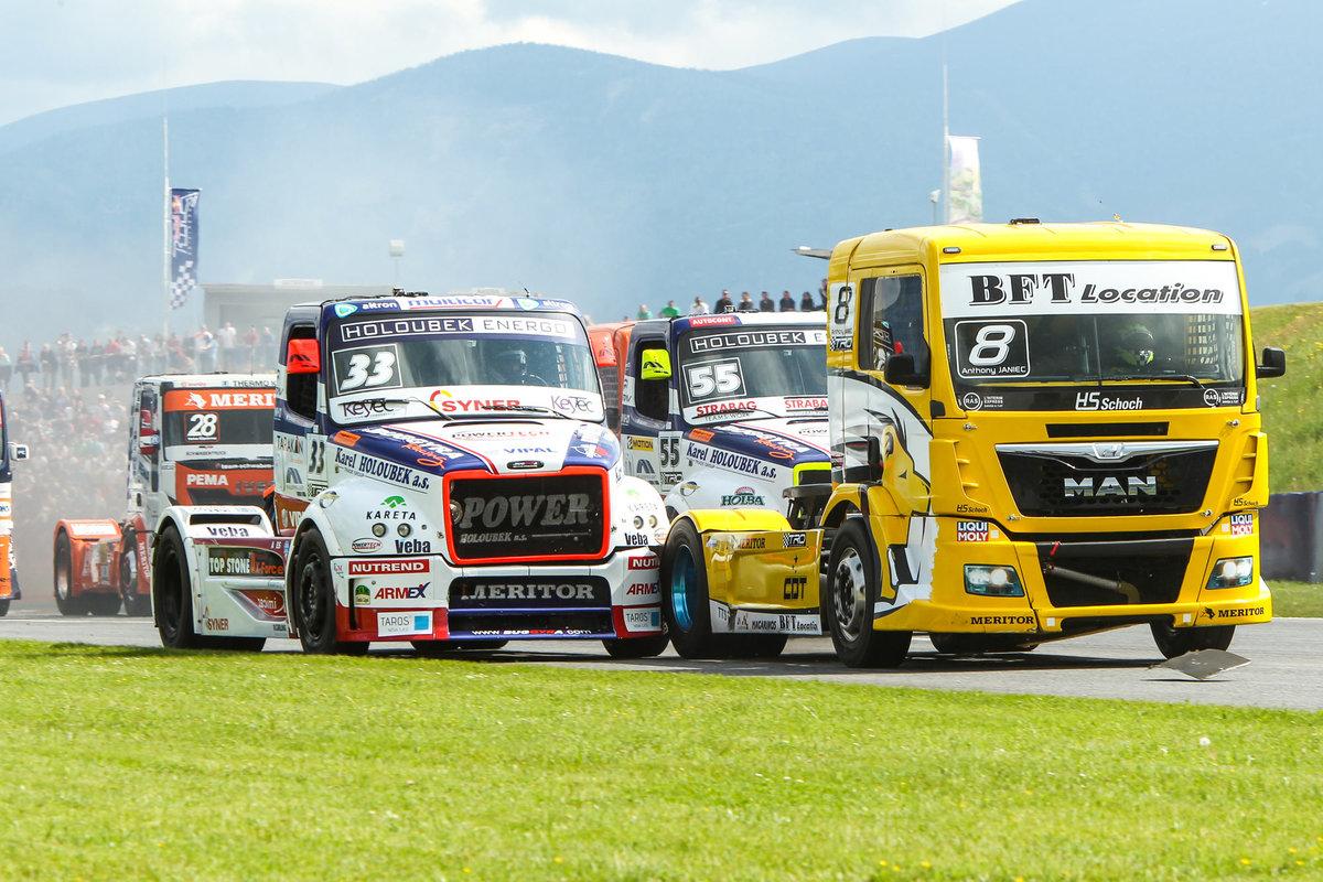 Картинки гоночные грузовики