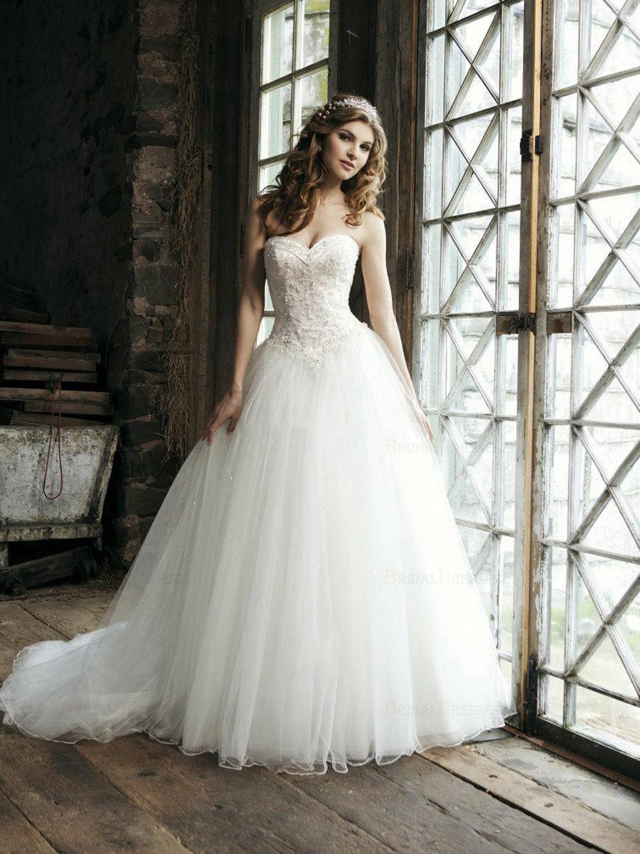 cee9d2901d3 Свадебные платья со стразами фото