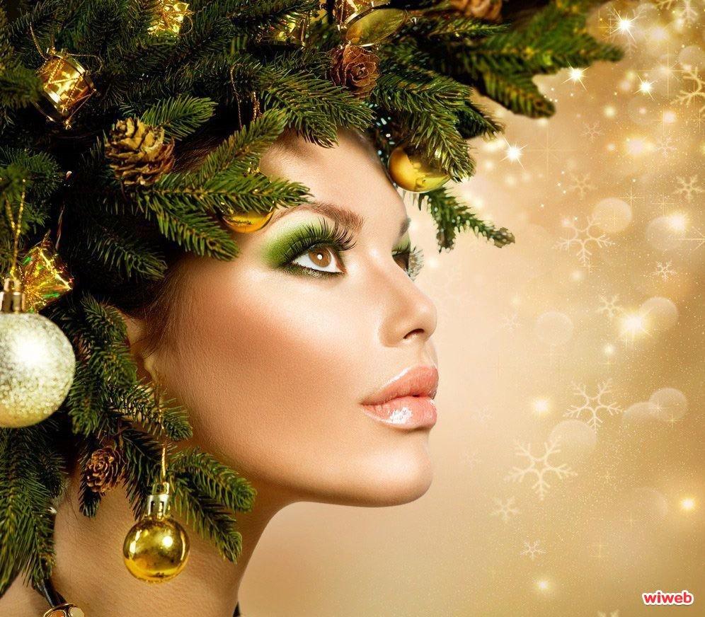 Новогодние картинки с девушкой с красивым макияжем, прикольные
