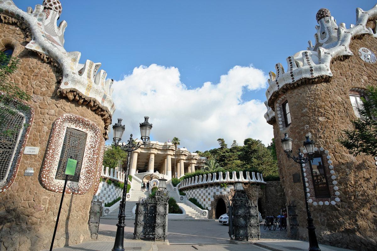 барселона город в испании достопримечательности фото с описанием занимает вторую