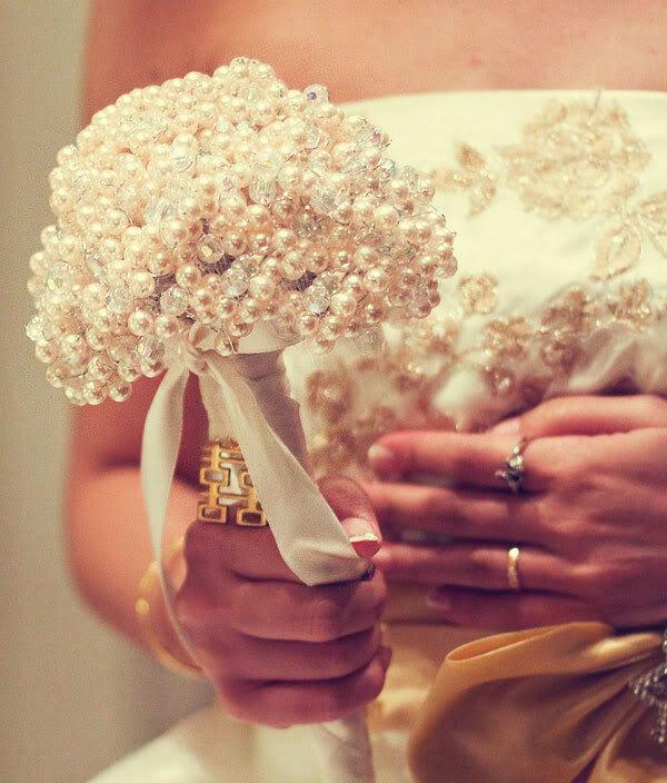 Цветы, необычные букеты на свадьбу