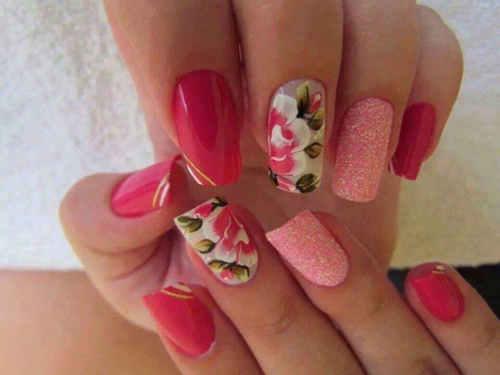 В весеннем дизайне ногтей его варианты лучше комбинировать с другими видами нейл-арта.