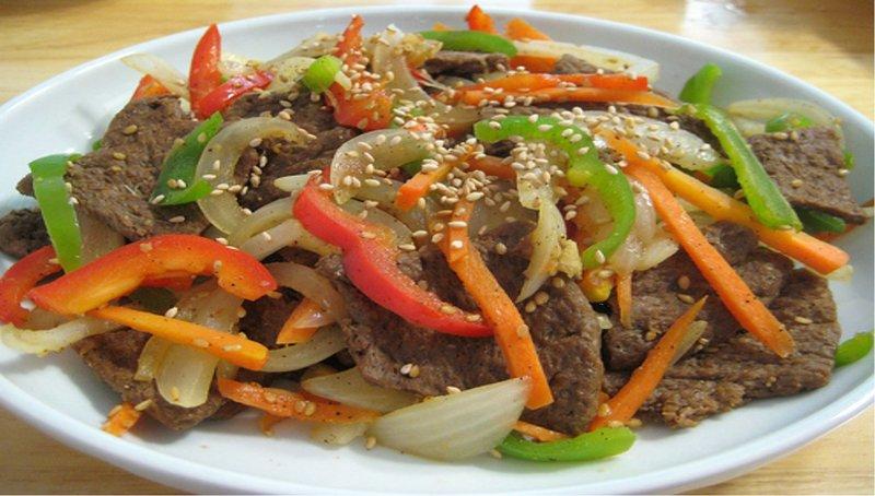 Салаты по китайски в кисло-сладком соусе с фото