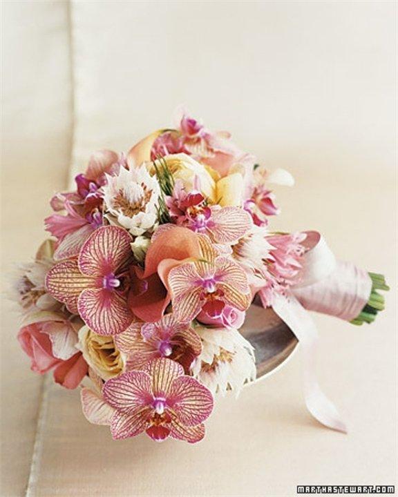 Экстрима и орхидея свадебный букет заказать, доставкой