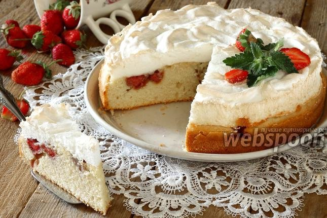 Простой клубничный пирог рецепт фото