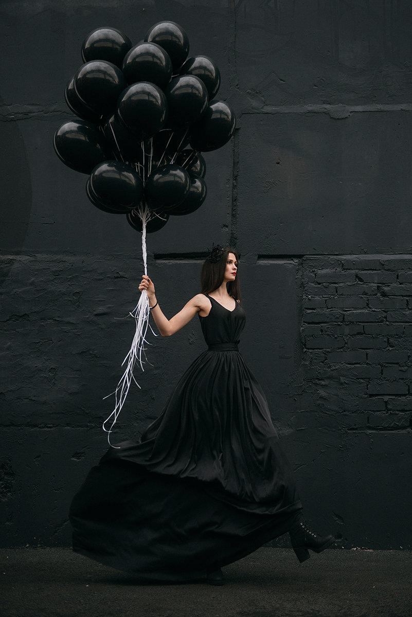 фотосессия в черном платье креативные черно белые этом аргос может