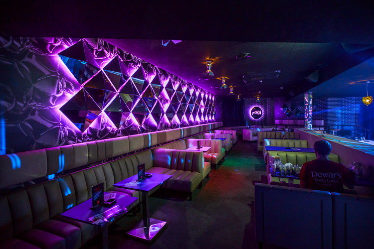поставщиков ночные клубы в клубе группы современных препаратов