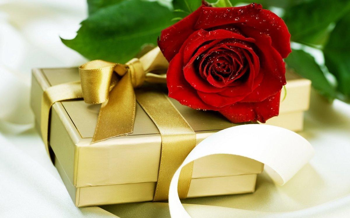 Открытка подарок любимой женщине, крестной