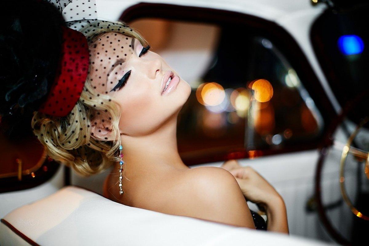 Красивая открытка, гламурные картинки девушек на машине