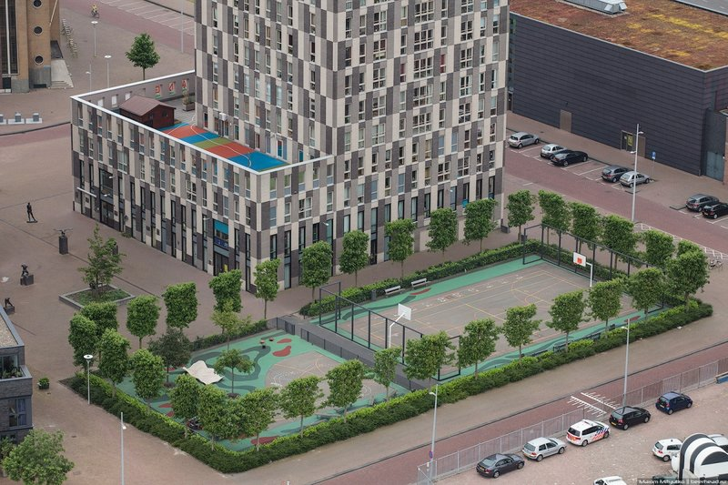 Современная архитектура Роттердама- Witte de With