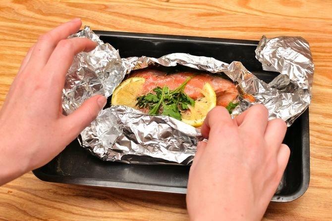 рецепт стейк лосося в фольге в духовке рецепт с фото