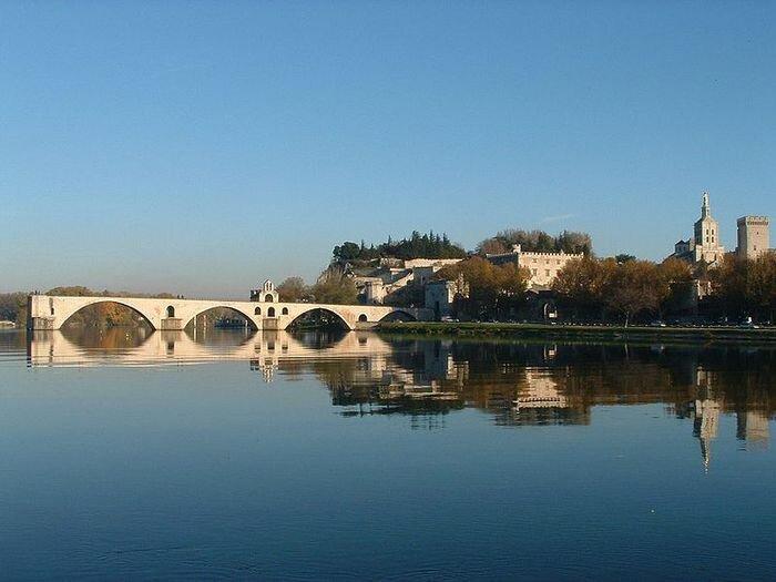 Авиньон, мост Сен Бенезе.