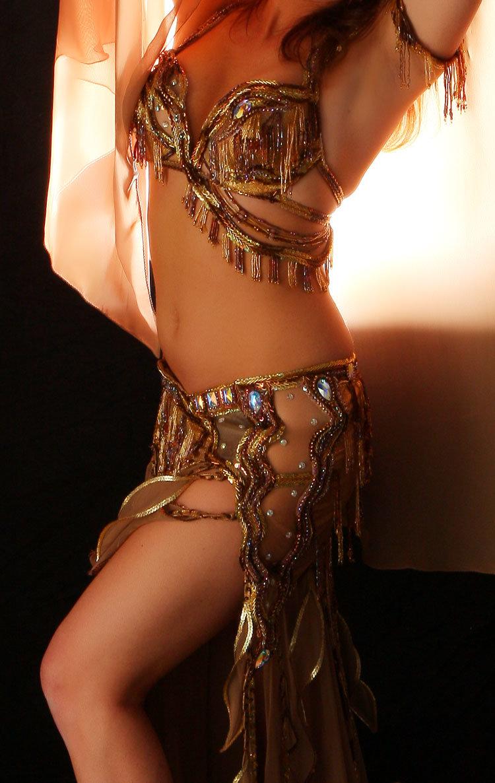 объявления рубрике, арабские танцы живота фото сзади стене словно