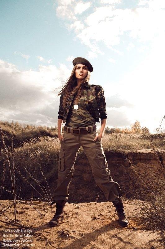 Профессиональные фото девушек в милитари