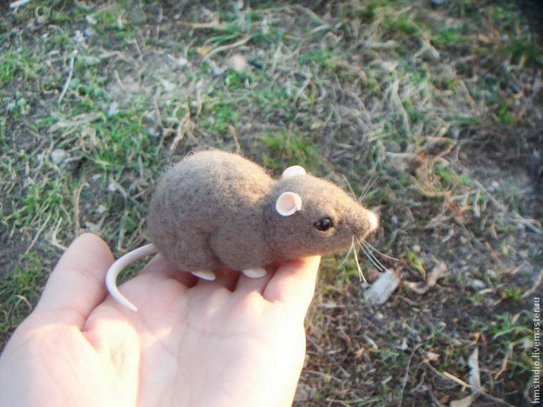 Техника сухого валяния  — миленькая мышка
